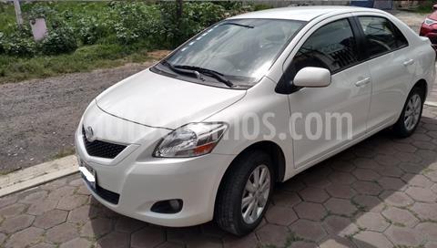 Toyota Yaris Sedan Premium usado (2015) color Blanco precio $120,000