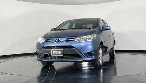 Toyota Yaris Sedan Core Aut usado (2017) color Azul precio $202,999