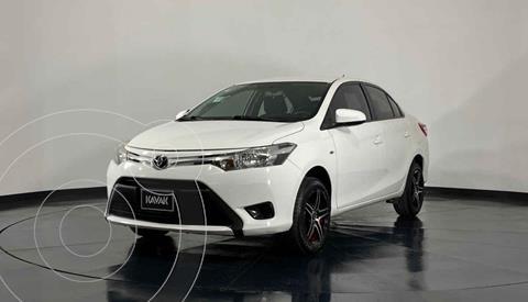Toyota Yaris Sedan Core Aut usado (2017) color Blanco precio $193,999