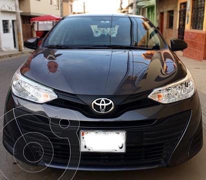 Toyota Yaris Sedan 1.3L  usado (2020) color Gris Oscuro precio u$s12,900