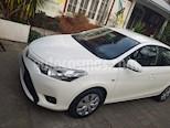 Toyota Yaris 1.5 GLi  usado (2017) color Blanco precio $7.600.000
