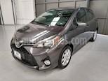 Foto venta Auto usado Toyota Yaris 5p Hatchback Premium L4/1.5 Aut (2015) color Gris precio $170,000