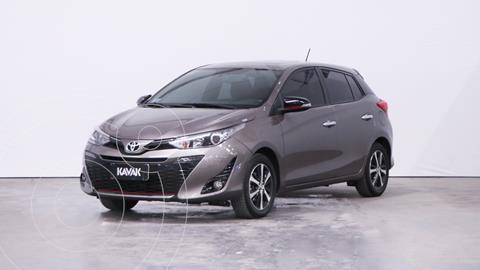 Toyota Yaris 1.5 S usado (2018) color Gris Oscuro precio $2.400.000