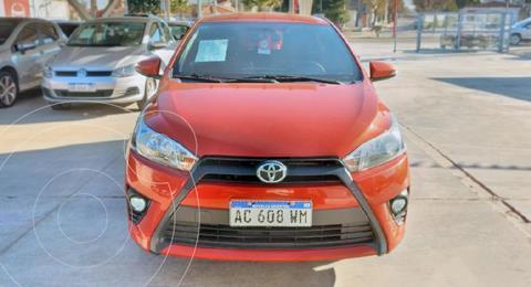 Toyota Yaris 1.5 S CVT usado (2018) color Naranja precio $1.940.000