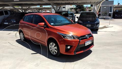 Toyota Yaris 1.5 S CVT usado (2017) color Naranja precio $1.370.000