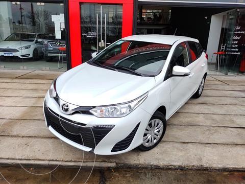 Toyota Yaris 1.5 XS nuevo color Blanco precio $2.400.000