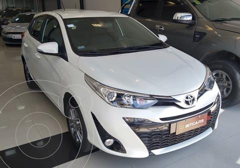Toyota Yaris 1.5 XLS CVT nuevo color Gris precio $2.880.000