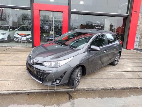 Toyota Yaris 1.5 XLS nuevo color Gris precio $3.150.000