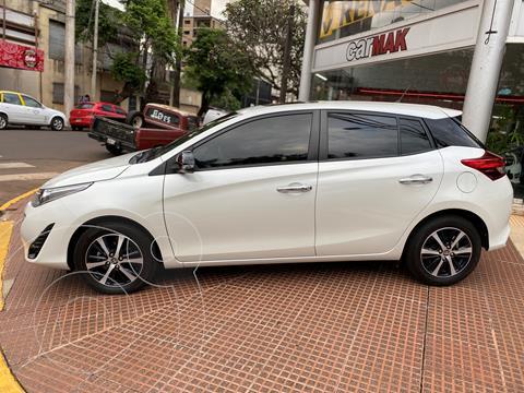 Toyota Yaris 1.5 S usado (2019) color Blanco financiado en cuotas(anticipo $1.730.000)