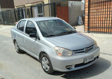 Toyota Yaris 1.5 GLi usado (2004) color Gris precio $3.800.000