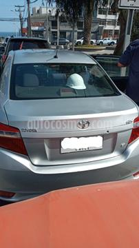 Toyota Yaris 1.5 GLi  usado (2014) color Gris precio $5.500.000