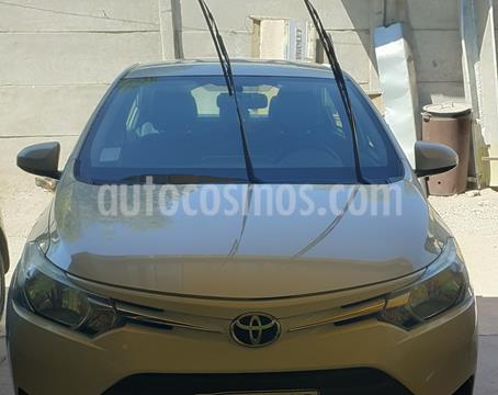 Toyota Yaris 1.5 XLi  usado (2017) color Blanco precio $8.290.000