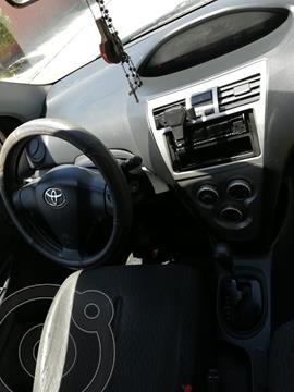 Toyota Yaris 1.5 XLi Aut  usado (2009) color Rojo precio $4.300.000