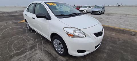 Toyota Yaris 5P 1.5L Core usado (2016) color Blanco precio $149,900