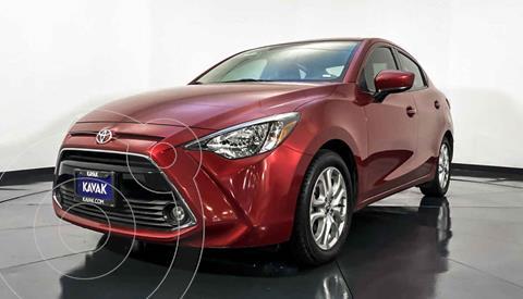 Toyota Yaris LE usado (2016) color Rojo precio $212,999