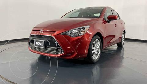 Toyota Yaris XLE Aut usado (2017) color Rojo precio $227,999