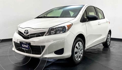 Toyota Yaris Core usado (2014) color Blanco precio $142,999