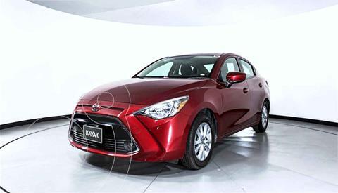 Toyota Yaris LE usado (2016) color Rojo precio $217,999