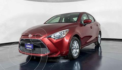 Toyota Yaris LE usado (2017) color Rojo precio $212,999