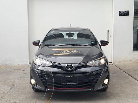 Toyota Yaris 5P 1.5L S usado (2019) color Gris Oscuro precio $267,500