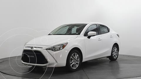 Toyota Yaris S Aut  usado (2018) color Blanco precio $237,500