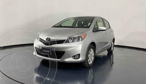 Toyota Yaris 5P 1.5L Premium Aut usado (2014) color Plata precio $159,999