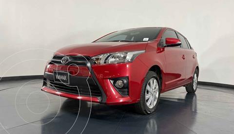 Toyota Yaris LE Aut usado (2017) color Rojo precio $197,999