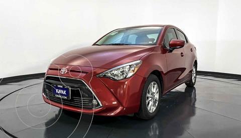 Toyota Yaris XLE Aut usado (2017) color Rojo precio $224,999