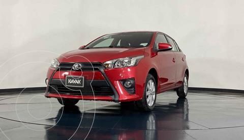 Toyota Yaris LE Aut usado (2017) color Rojo precio $212,999