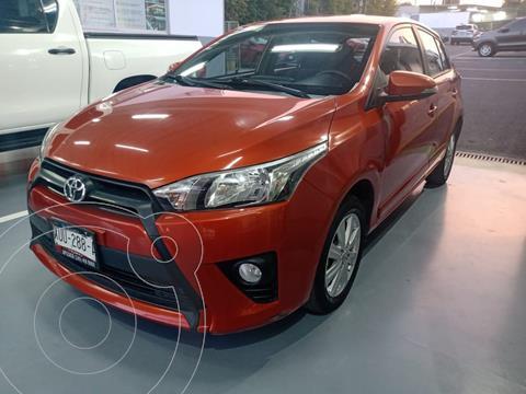 Toyota Yaris 5P 1.5L S Aut usado (2017) color Naranja precio $198,000