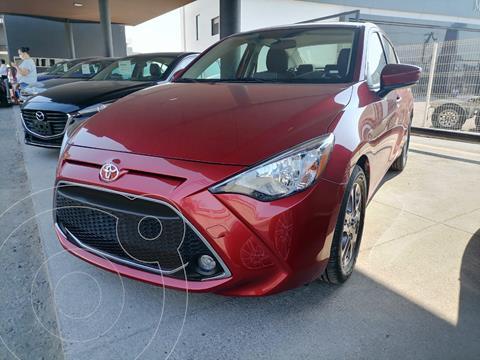 Toyota Yaris 5P 1.5L Core Aut usado (2020) color Rojo precio $304,000