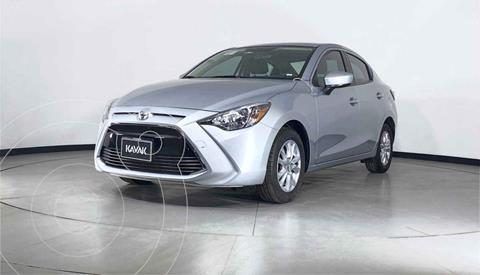 Toyota Yaris Core usado (2017) color Plata precio $235,999