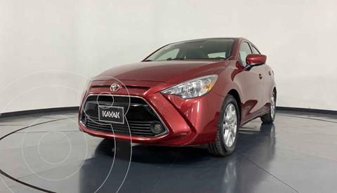 Toyota Yaris LE usado (2016) color Rojo precio $209,999