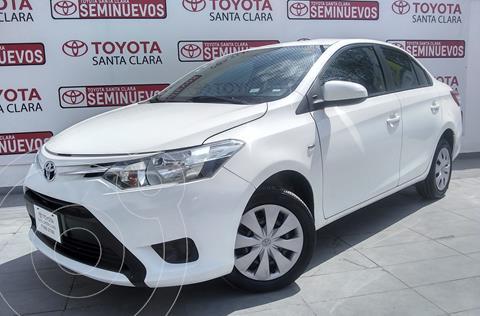Toyota Yaris 5P 1.5L Core usado (2017) color Blanco precio $180,000