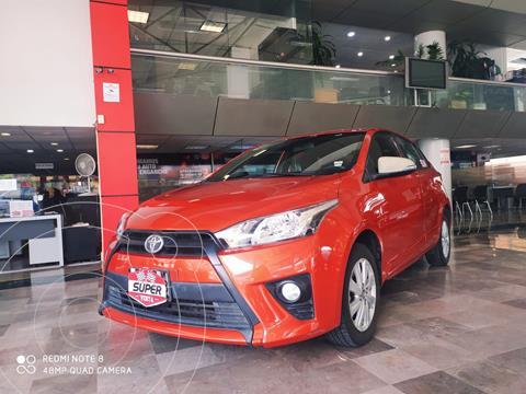 Toyota Yaris 5P 1.5L S usado (2017) color Naranja precio $203,000