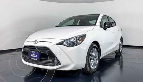 Toyota Yaris XLE Aut usado (2016) color Blanco precio $204,999