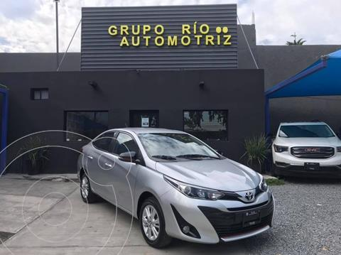 Toyota Yaris 5P 1.5L Core usado (2019) color Plata Dorado precio $215,000
