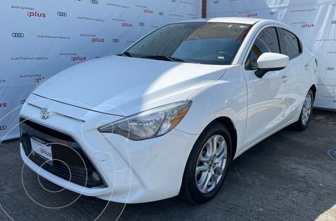 Toyota Yaris 5P 1.5L S usado (2017) color Blanco precio $229,000