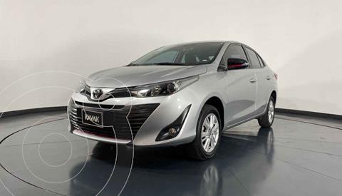 Toyota Yaris S usado (2019) color Plata precio $252,999