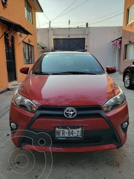 Toyota Yaris 5P 1.5L S Aut usado (2017) color Rojo precio $180,000