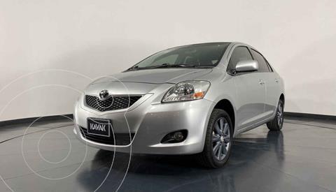 Toyota Yaris Core usado (2015) color Plata precio $152,999