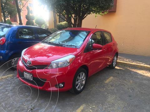 Toyota Yaris 5P 1.5L Premium Aut usado (2014) color Rojo precio $165,000