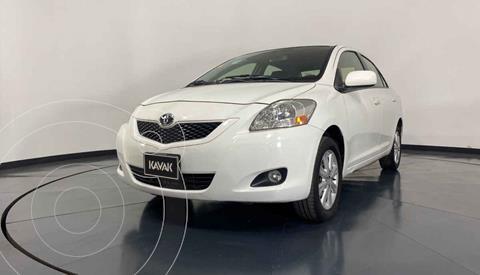 Toyota Yaris Premium Aut usado (2014) color Blanco precio $149,999
