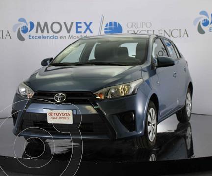 Toyota Yaris 5P 1.5L Core usado (2017) color Azul precio $188,000