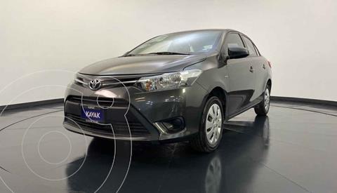 Toyota Yaris Core Aut usado (2017) color Gris precio $189,999