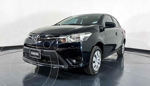 Toyota Yaris Core Aut usado (2017) color Negro precio $192,999