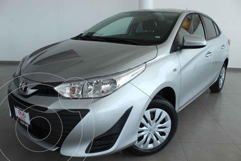 Toyota Yaris Core usado (2020) color Gris precio $230,000