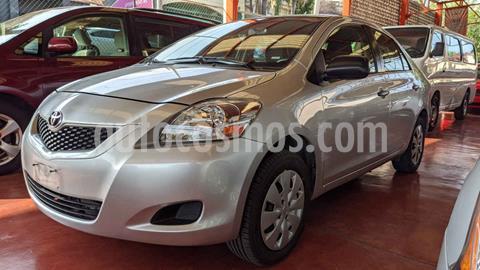 Toyota Yaris Core usado (2016) color Plata precio $145,000