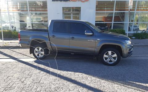 Volkswagen Amarok DC 4x2 Highline Pack (180Cv) Aut  usado (2018) color Gris Off-Road precio $3.800.000