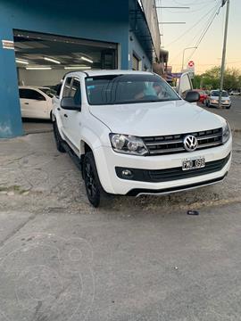 Volkswagen Amarok DC 4x2 Dark Label usado (2016) color Blanco Cristal precio $4.600.000